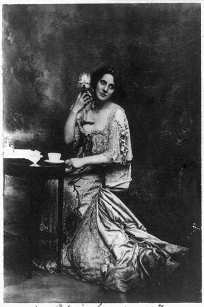 1-mrs-patrick-campbell-19071