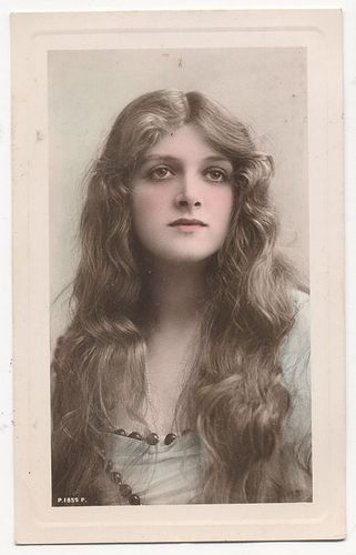 Entertainers Of The 1920s. Gladys Cooper In the 1920s